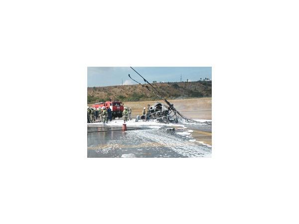 В аэропорту Геленджика в Краснодарском крае рухнул вертолет Ми-8