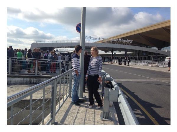 Пассажиров Пулково эвакуируют из-за сообщения о бомбе