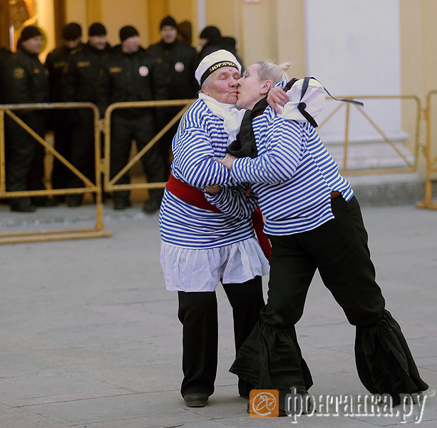 танцы вместо митинга 2013 год