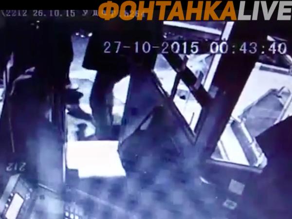 Как пассажир нокаутировал водителя автобуса одним ударом