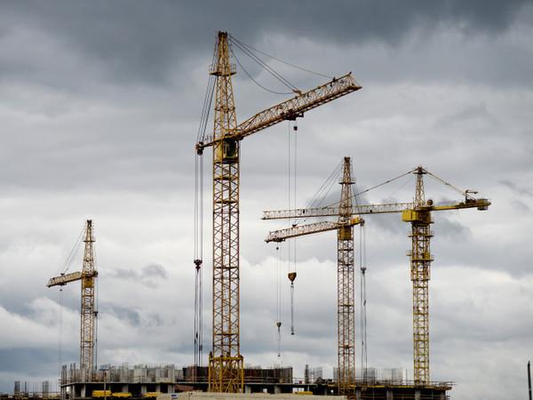 [Фонтанка.Офис]: Почему рекордно растут продажи строящегося жилья