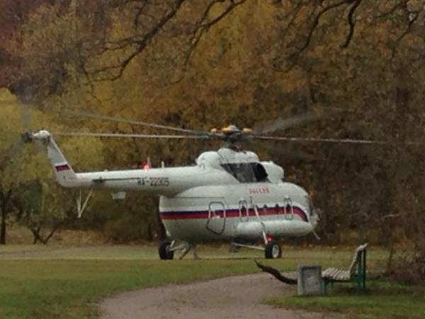 Читатели: В ЦПКиО приземлился вертолет президентского авиаотряда