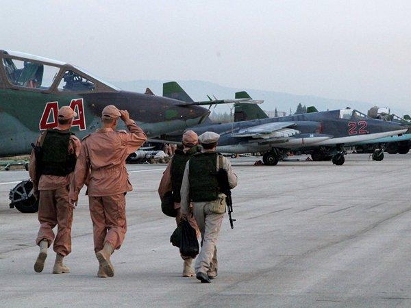 Журналистам показали российскую авиабазу в сирийской Латакии