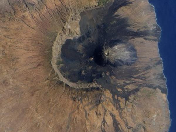 На острове Зеленого Мыса нашли следы древнего суперцунами высотой 300 метров