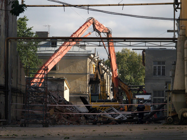 «Алмаз-Антей» сносит исторические корпуса Николаевского кавалерийского училища