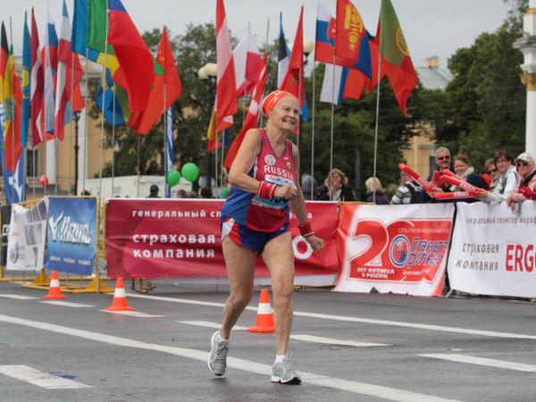 [Фонтанка.Офис]: Как во взрослом возрасте научиться бегать марафон