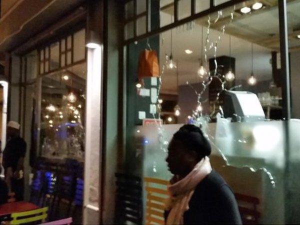 Теракт в Париже - уже десятки погибших