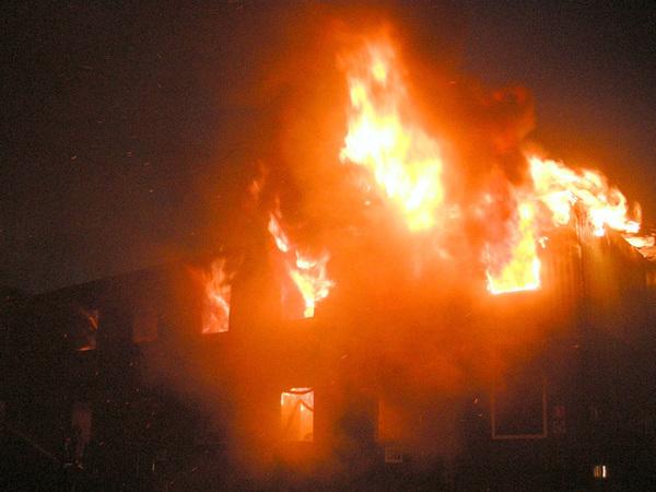 "Пожар на стройке ""Лондон Парка"" потушен"