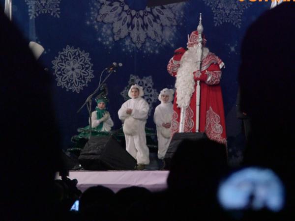 Дед Мороз приехал на Дворцовую на байке