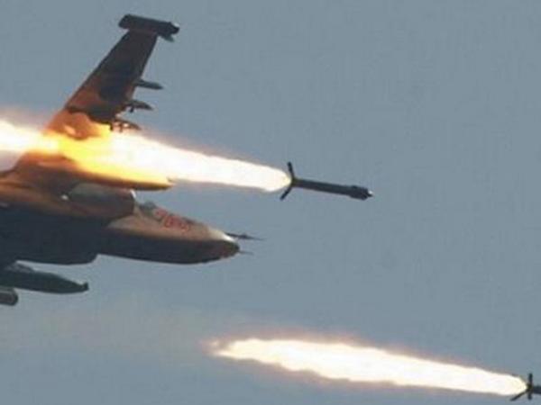 Российская авиация наносит удар по цистернам с нефтью ИГИЛ