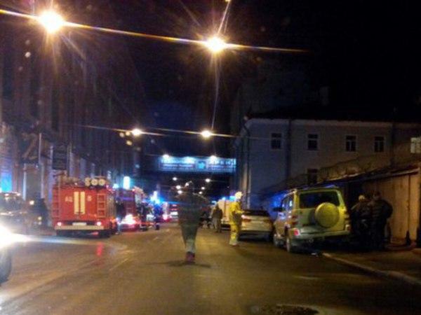 На Василеостровской ТЭЦ тушат пожар по 3-му номеру сложности
