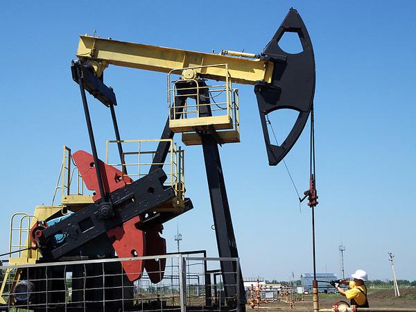 Нефть и доллар топят Россию