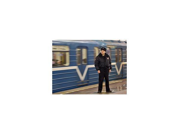 В петербургский метрополитен пришли с обысками