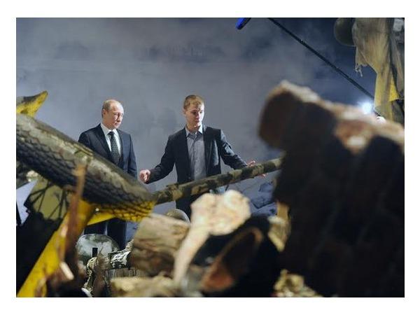 В Петербурге строят Рейхстаг, чтобы его разрушить