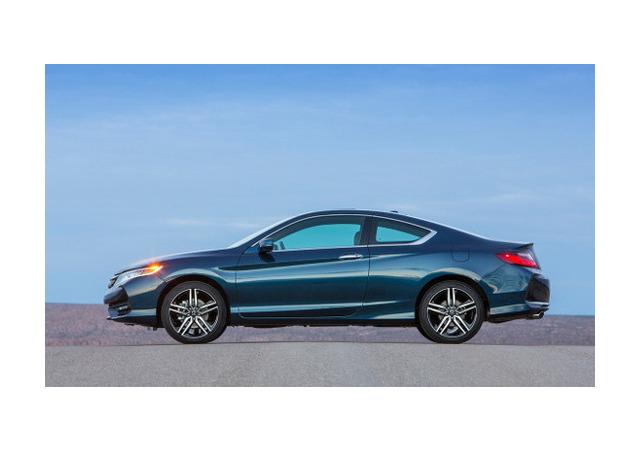 Honda представила обновленное купе Accord