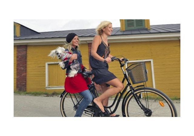 Финляндия пересаживает столичных жителей на велосипеды