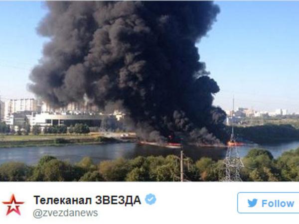 МЧС: На юго-востоке Москвы - сильный пожар