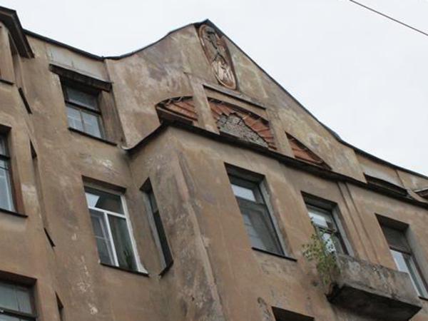 Прокуратура начала проверку по факту уничтожения фигуры Мефистофеля на Лахтинской