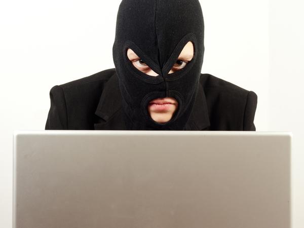 Телефонные террористы выдвинули ультиматум Петербургу