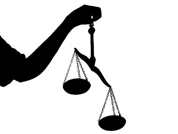 """Прокуроры заявили о """"Пятом колесе"""" в деле о мошенничестве"""