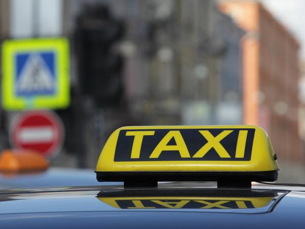 Минтранс оштрафует дешевое такси