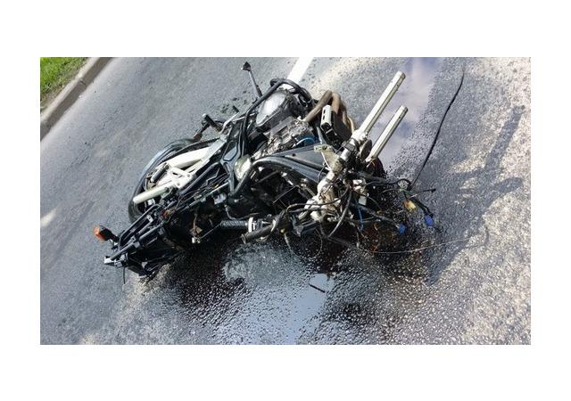 Мотоциклиста разорвало на Краснопутиловской. Он умер не сразу