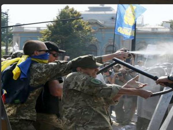 В ходе беспорядков в Киеве пострадали 140 человек