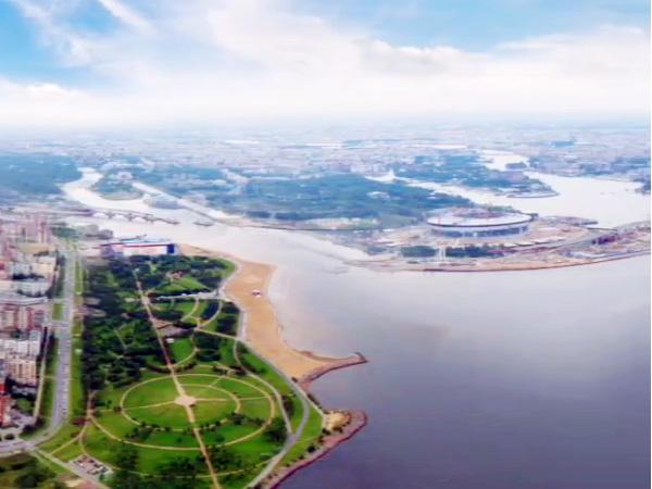 Создатели «Лахта центра» опубликовали панораму с высоты будущего небоскреба