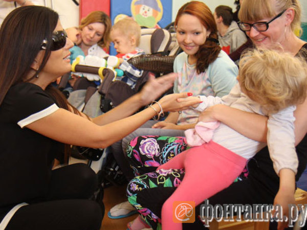 Диана Гурцкая пообещала дружить с детским хосписом