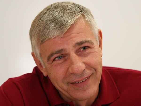 Евгений Вышенков: «Жить можно или с рефлексиями, или по-человечески»