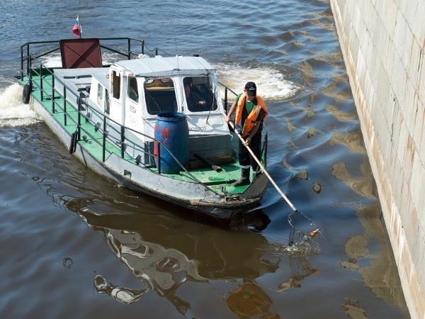 Экологи Петербурга недосчитались миллионов на очистку водоемов