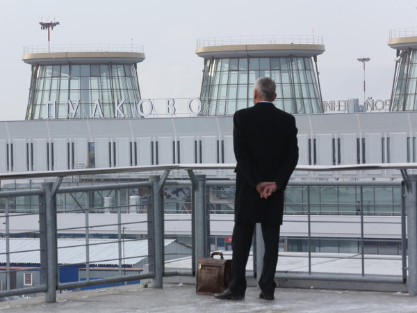 Экипаж: Как падают авиаперевозки в России?