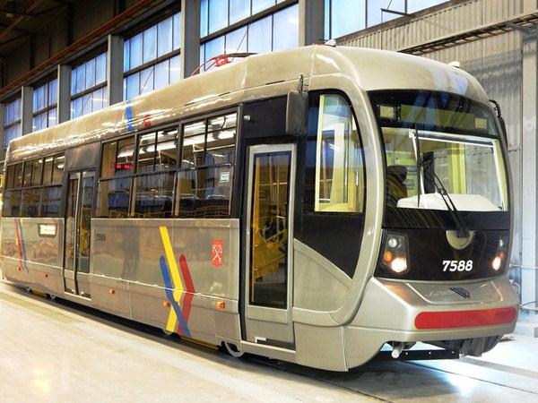 Зачем Петербургу старый новый трамвай
