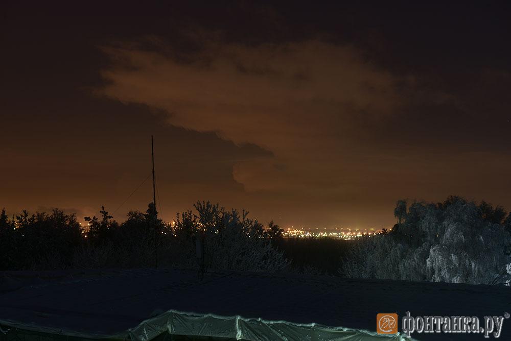 Засветка  из-за Волхонского шоссе.