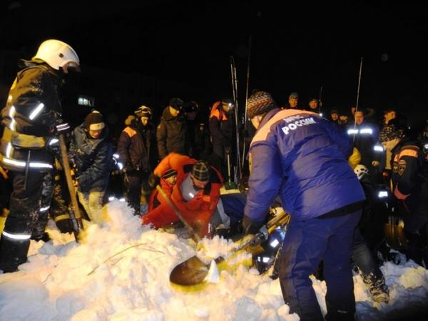 Под лавиной в Кировске есть погибший