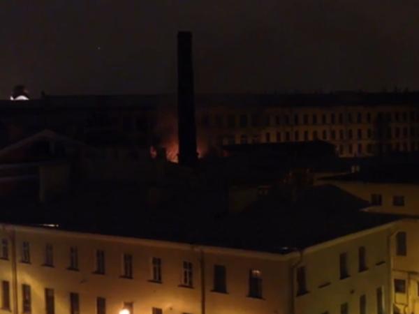 В Петербурге горит Технологический институт
