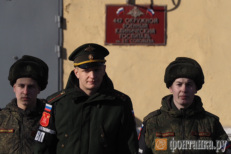 Военный патруль на Суворовском