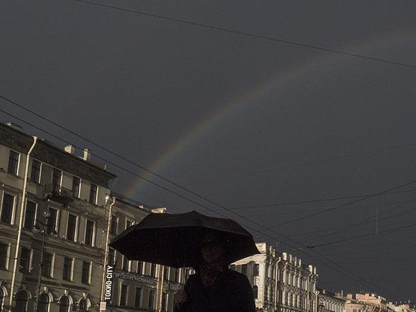Над Невским засияла двойная радуга