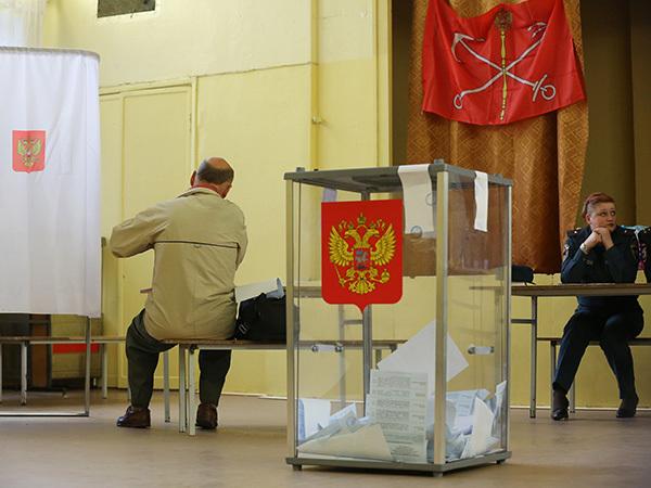 Петербургу ищут нового выборщика