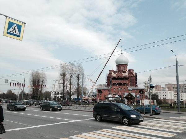 В Петербурге установили купол «ровне» Князь-Владимирского собора