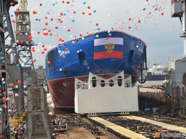На Балтийском заводе на воду спустили самый большой ледокол в мире