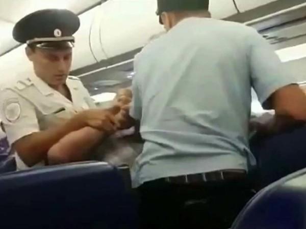 Дебош на борту в масштабах «России»