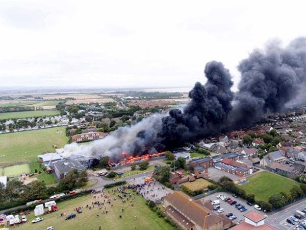 В Британии произошел крупный пожар в школе