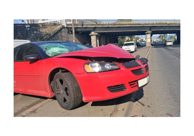 На отремонтированной Краснопутиловской разбились четыре автомобиля