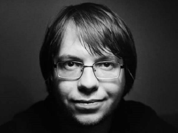 Биолог, член комиссии РАН по борьбе с лженаукой Александр Панчин.
