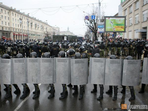 В Минске задержали сотни участников «Марша рассерженных белорусов»