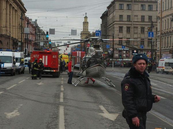 Первый взрыв в метро Петербурга