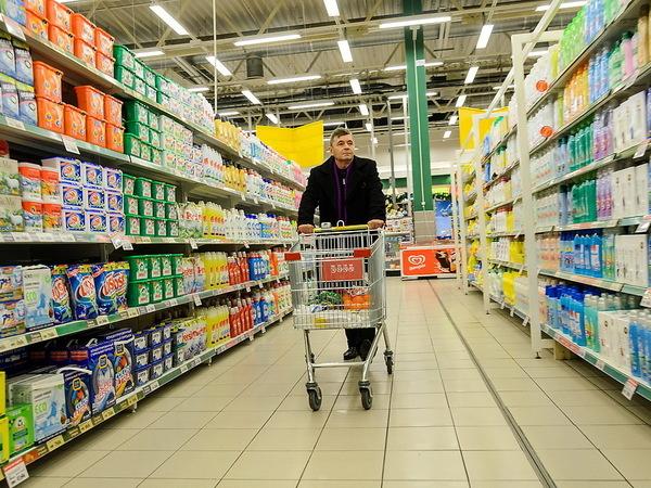 Почему по воскресеньям не нужно ходить по гипермаркетам