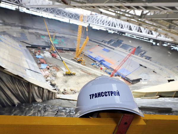 """Смольный против """"Трансстроя"""": жизнь после стадиона"""