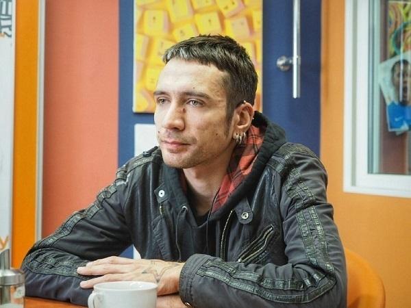 Музыкант и художник Александр Цой, фото: Михаил Огнев / Фонтанка.